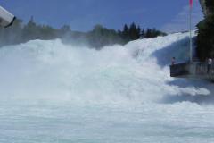 Europas største vandfald, Rheinfall i Schweiz