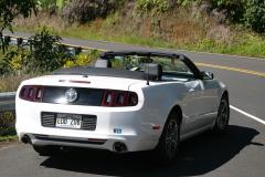 Vores slæde på Maui, en spritny Ford Mustang Convertible.