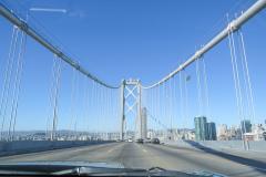 På vej over Bay Bridge, San Francisco, Californien, USA