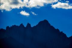 Silouet af Mount Whitney, Sierra Nevada, Californien, USA