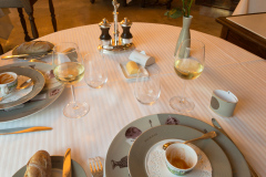 Fantastisk middag i et af Gastronomiens store templer, Restaurant Paul Bocuse i Lyon, Frankrig.