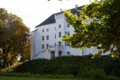 Ophold og middag på Dragsholm Slot.