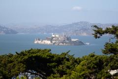 Udsigt til Alcatraz set fra Telegraph Hill ved Coit Tower, San Francisco, USA