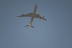 Airbus 340 fra SAS på vej hjem til København, her på vej henover Berkeley Marina